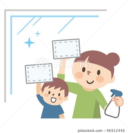 微笑的父母和孩子清潔窗戶 66912448