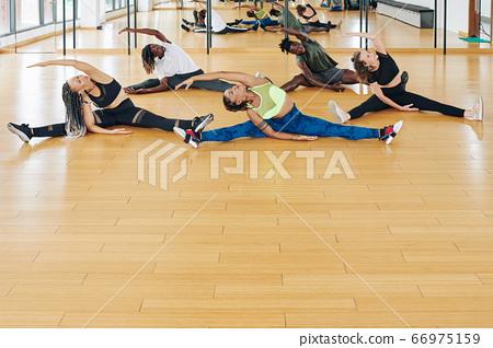 Dancers training together 66975159