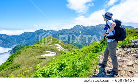 Scenery of the summit of Mt. Amashika (view of Sasadaira and Yakeyama) 66976457