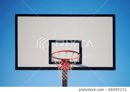 White basketball board with ring 66995231