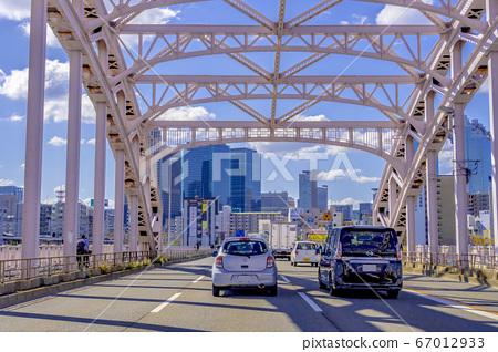 Traffic image of Osaka city, Juso Ohashi 67012933