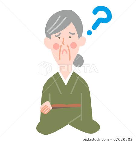 기모노의 나이 많은 여자 67020502