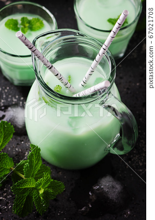 Italian traditional milk with mint 67021708