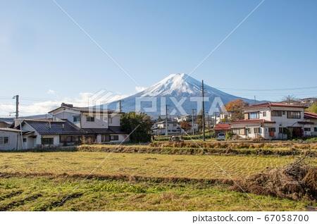 November, 23 2018 - Yamanashi, Japan - The Fuji-San view with blue clear sky take from Shimoyoshida station, near Kawaguchiko and Tokyo. 67058700