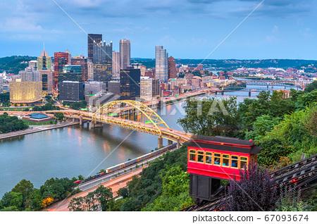 Pittsburgh, Pennsylvania, USA Downtown 67093674