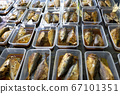 Boiled rastrelliger fish with sauce packing 67101351