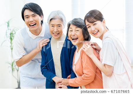 Care senior woman hospital helper carer 67107665