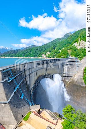 초여름의 구로베 댐 67138318