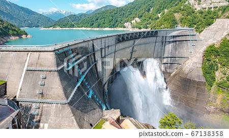 초여름의 구로베 댐 67138358