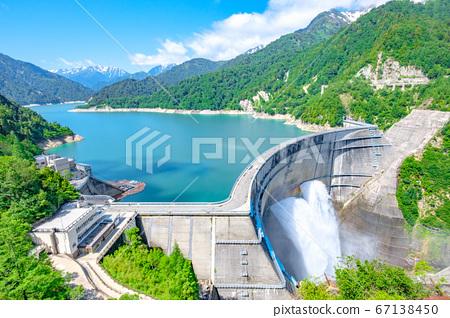 초여름의 구로베 댐 67138450