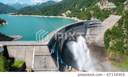 초여름의 구로베 댐 67138468