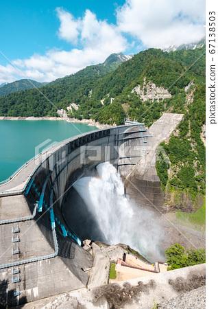 초여름의 구로베 댐 67138503