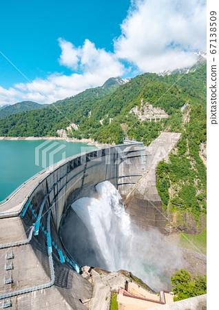 초여름의 구로베 댐 67138509