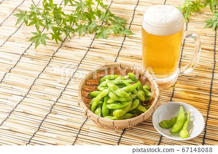 夏季傳統,啤酒和毛豆 67148088