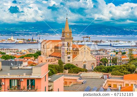 Cityscape of Messina, Sicily, Italy 67152185