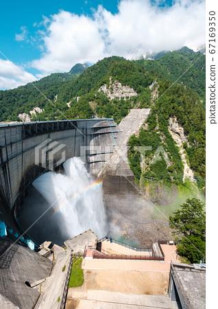 초여름의 구로베 댐 67169350