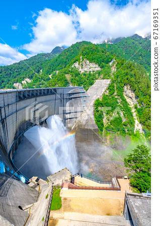 초여름의 구로베 댐 67169351