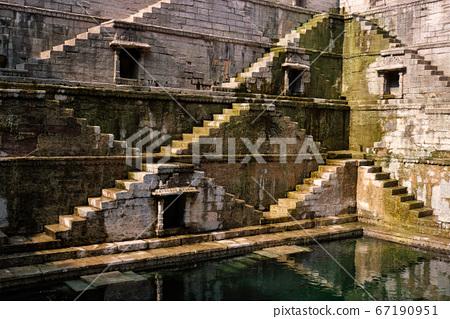 Toorji Ka Jhalra Bavdi stepwell. Jodhpur, Rajasthan, India 67190951