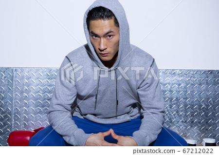 拳擊的男人 67212022