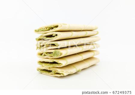 Green tea snack 67249375