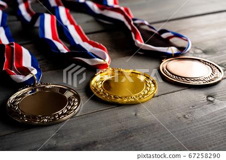金銀銅牌 67258290