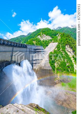 초여름의 구로베 댐 67265931