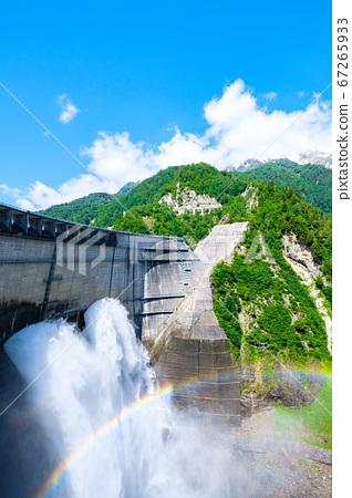 초여름의 구로베 댐 67265933