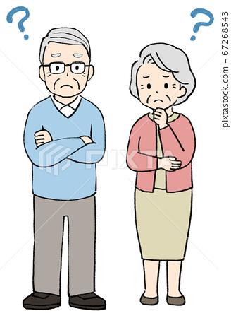 곤란 얼굴의 시니어 남녀, 노인 부부 67268543