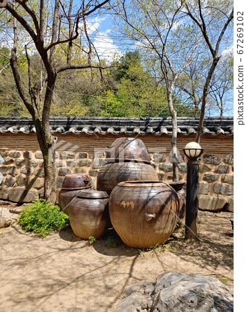 韓國語含義,韓國風景,韓屋,韓國形象,韓屋風景,韓屋形象,瓷磚房,石牆,罐子,江都,傳統建築 67269102