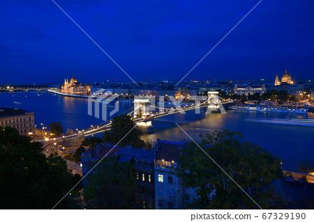 铁索桥,串石电灯,万家灯城,美丽的夜景 67329190