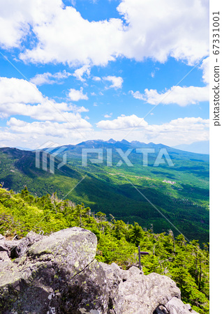 초여름의 蓼科山 등산 : 여자 乃神 찻집 (蓼科山 등산로 입구) 코스의 풍경 67331001