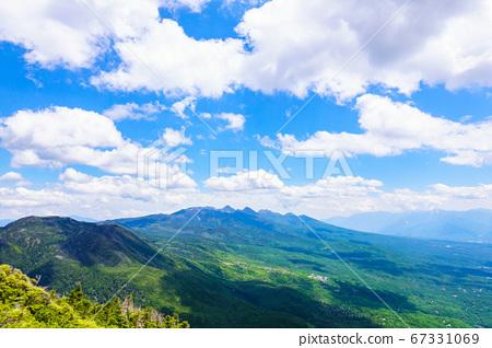 초여름의 蓼科山 등산 : 여자 乃神 찻집 (蓼科山 등산로 입구) 코스의 풍경 67331069