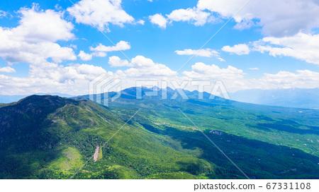 초여름의 蓼科山 등산 : 여자 乃神 찻집 (蓼科山 등산로 입구) 코스에서 바라 타케 67331108