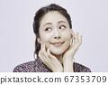 年轻女子美丽[人像] 67353709