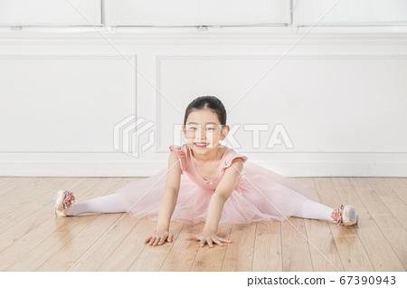 Happy children concept, a portrait of asian children smiling 343 67390943