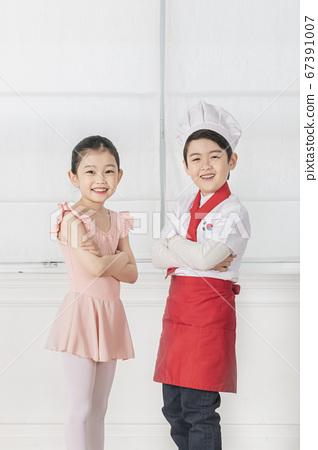 Happy children concept, a portrait of asian children smiling 363 67391007