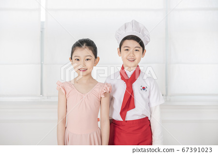 Happy children concept, a portrait of asian children smiling 351 67391023