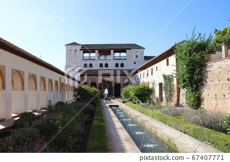 Generalife, Asekia courtyard, Granada, Alhambra 67407771