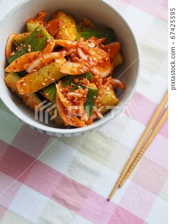한국의 음식 오이 야채무침, 오이 챠소샐러드  67425595