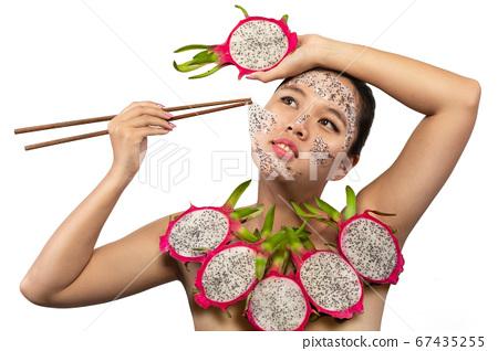 Fruit face mask 67435255