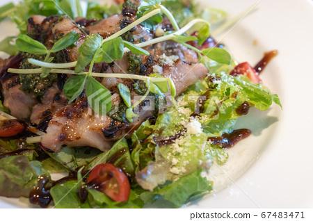 沙拉午餐 67483471