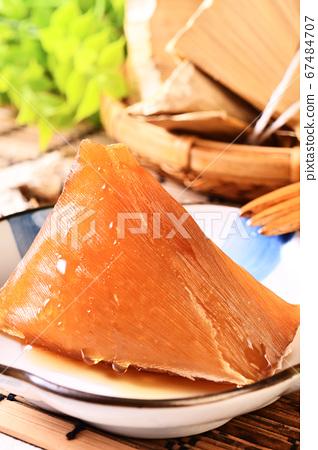 Alkaline rice dumpling  67484707