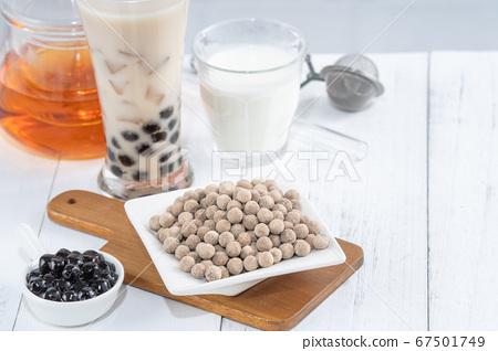 台灣小茶波霸奶茶木薯粉珍珠粉珍珠奶茶 67501749