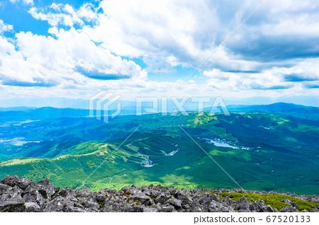 초여름의 蓼科山 등산 : 정상에서 시라 카바 · 구루마 야마 · 기리가 미네 방면 희망 67520133