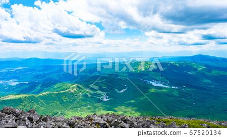 초여름의 蓼科山 등산 : 정상에서 시라 카바 · 구루마 야마 · 기리가 미네 방면 희망 67520134