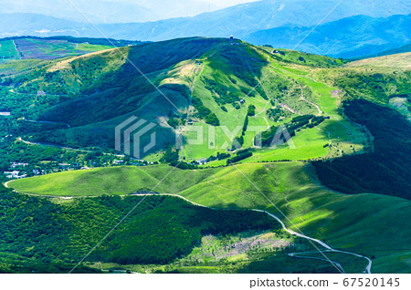 초여름의 蓼科山 등산 : 정상에서 구루마 야마 희망 67520145