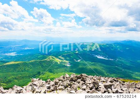 초여름의 蓼科山 등산 : 정상에서 시라 카바 · 구루마 야마 · 기리가 미네 방면 희망 67520214