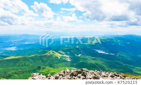 초여름의 蓼科山 등산 : 정상에서 시라 카바 · 구루마 야마 · 기리가 미네 방면 희망 67520215