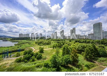 금강과 수변공원, 아파트, 한두리대교 67523167