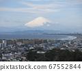 Mt. Fuji in winter seen from Ryukouji Temple (near the stupa) in Fujisawa City 67552844